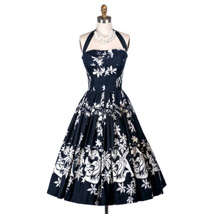 intage 1950's rare ALFRED SHAHEEN navy cotton hawaiian novelty print full skirt pin-up convertible shelf-bust halter dress