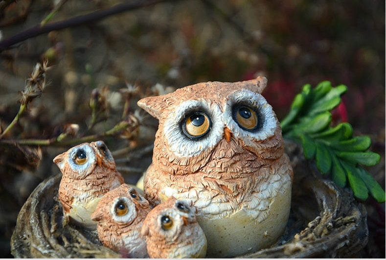 Realistic Owls Miniature Ornaments Collection