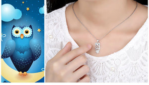 Retro Cubic Zirconia Platinum Plated Owl Necklace