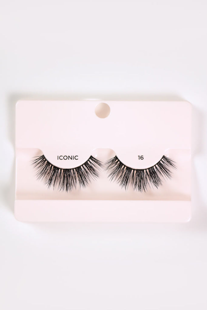 Iconic 16 Lashes