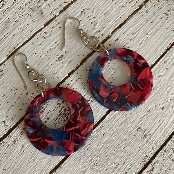Patterned Shell Circle Drop Resin Earrings