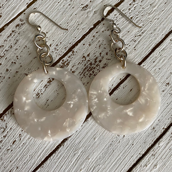 White Shell Circle Drop Resin Earrings
