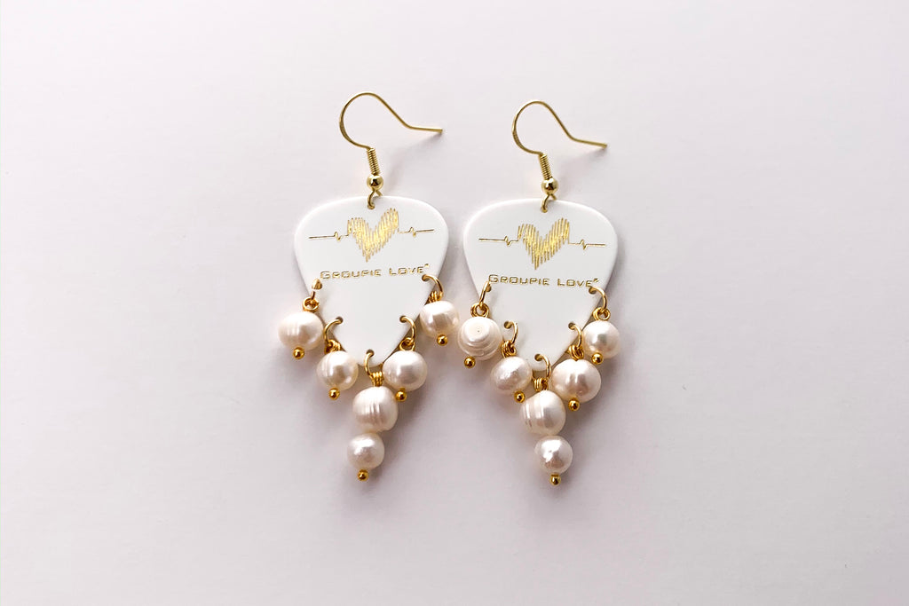 Groupie Love White Gold Pearl Earrings