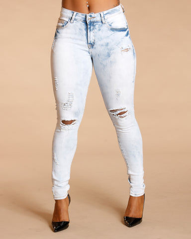 FRONT AND BACK RIPPED JEANS - LIGHT BLUE