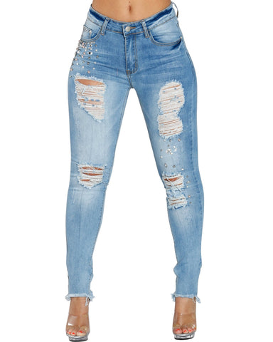 MAKE THOSE MOVES IN THESE JEANS