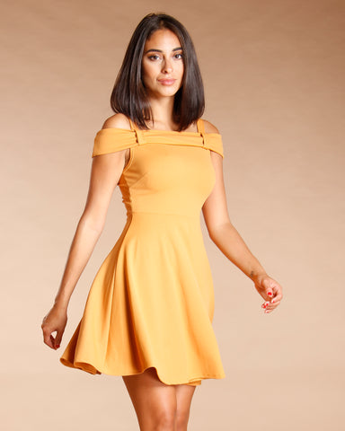 OFF THE SHOULDER DRESS (AVAILABLE IN 2 COLORS)