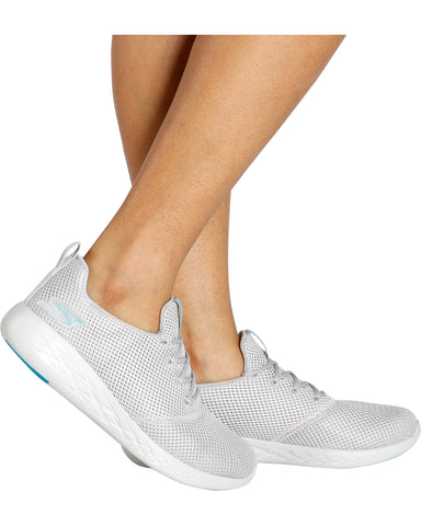 Go Run 600 5Gen Sneakers (Available in 2 Colors)