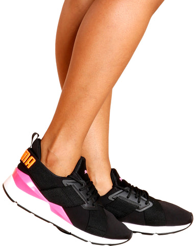 Muse Chase Low Top Sneaker - Black/Pink