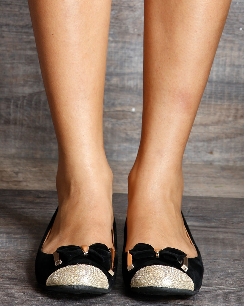 Arinna Slip On Glitter Toe Flats With A Bow