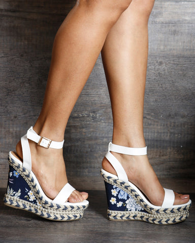 Sonia Studded Metalic Wedge