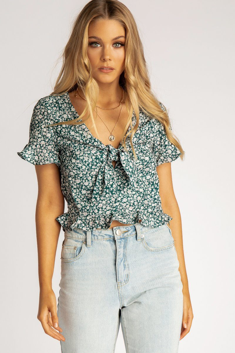 ECHO BEACH GREEN FLORAL CROP TOP Clothing DISSH EXCLUSIVE 6 GREEN