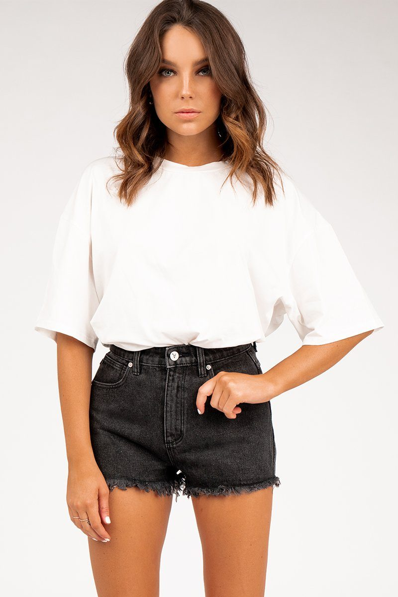 A HIGH RELAXED SHORT Clothing DISSH Boutiques 10 BLACK