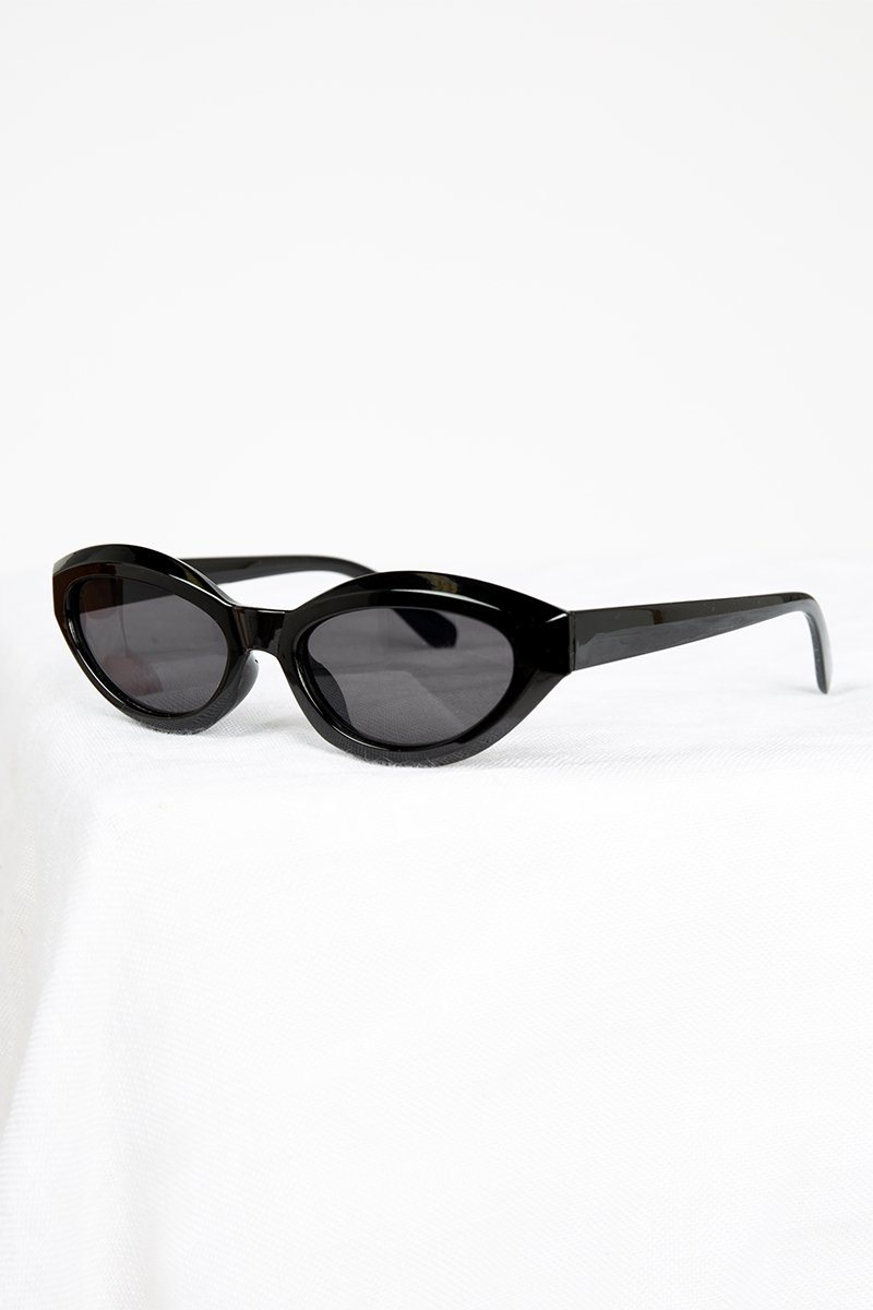 JOPLIN BLACK CAT EYE SUNGLASSES Accessories DISSH Boutiques O/S BLACK