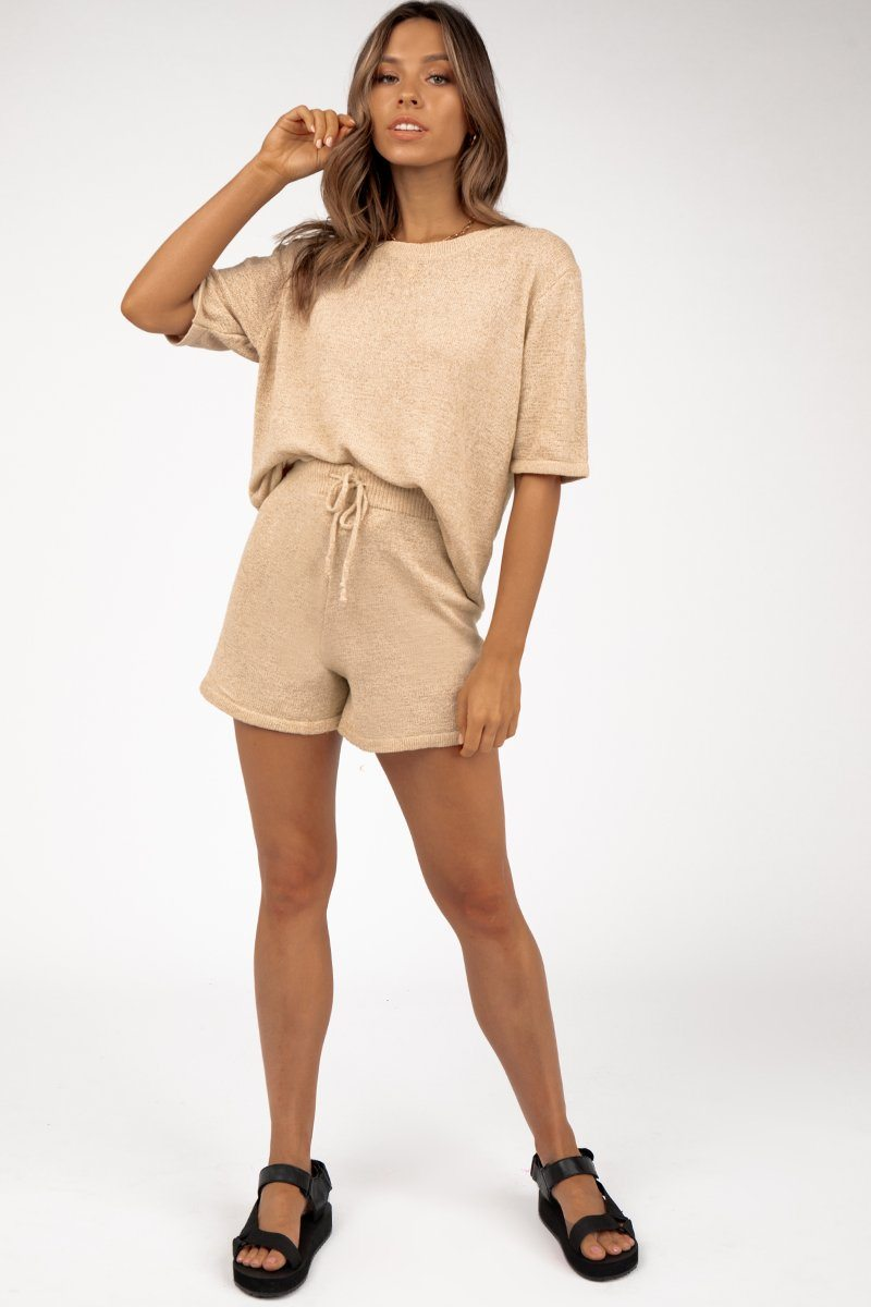 ISSY BEIGE KNIT SHORTS Clothing DISSH Boutiques XS/S BEIGE