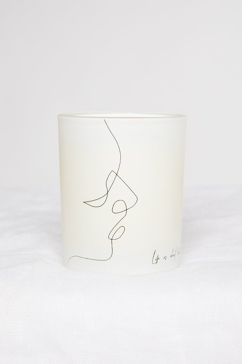 LINE DRAWING CANDLE Accessories DISSH Boutiques O/S WHITE