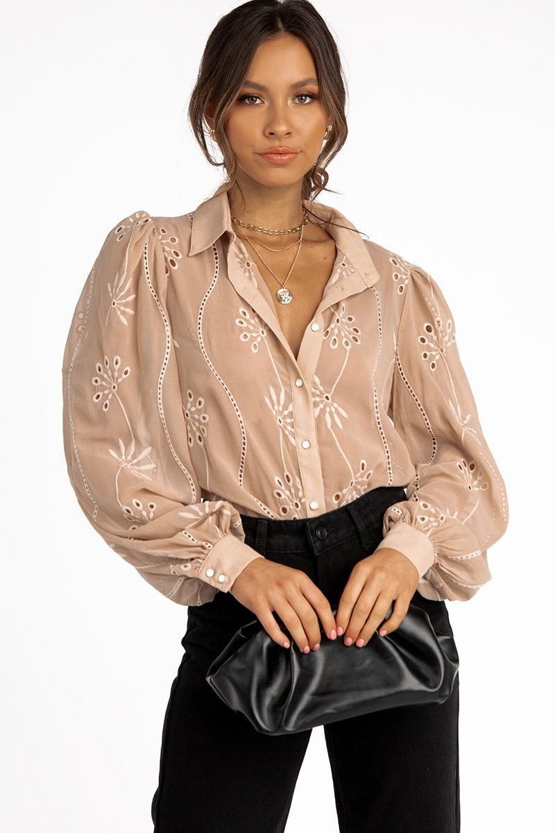 ELISE SAND EMBROIDERED TOP