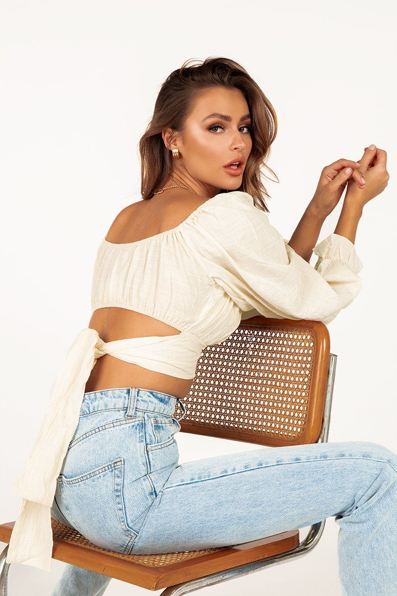 DREAM GIRL WHITE LONG SLEEEVED CROP