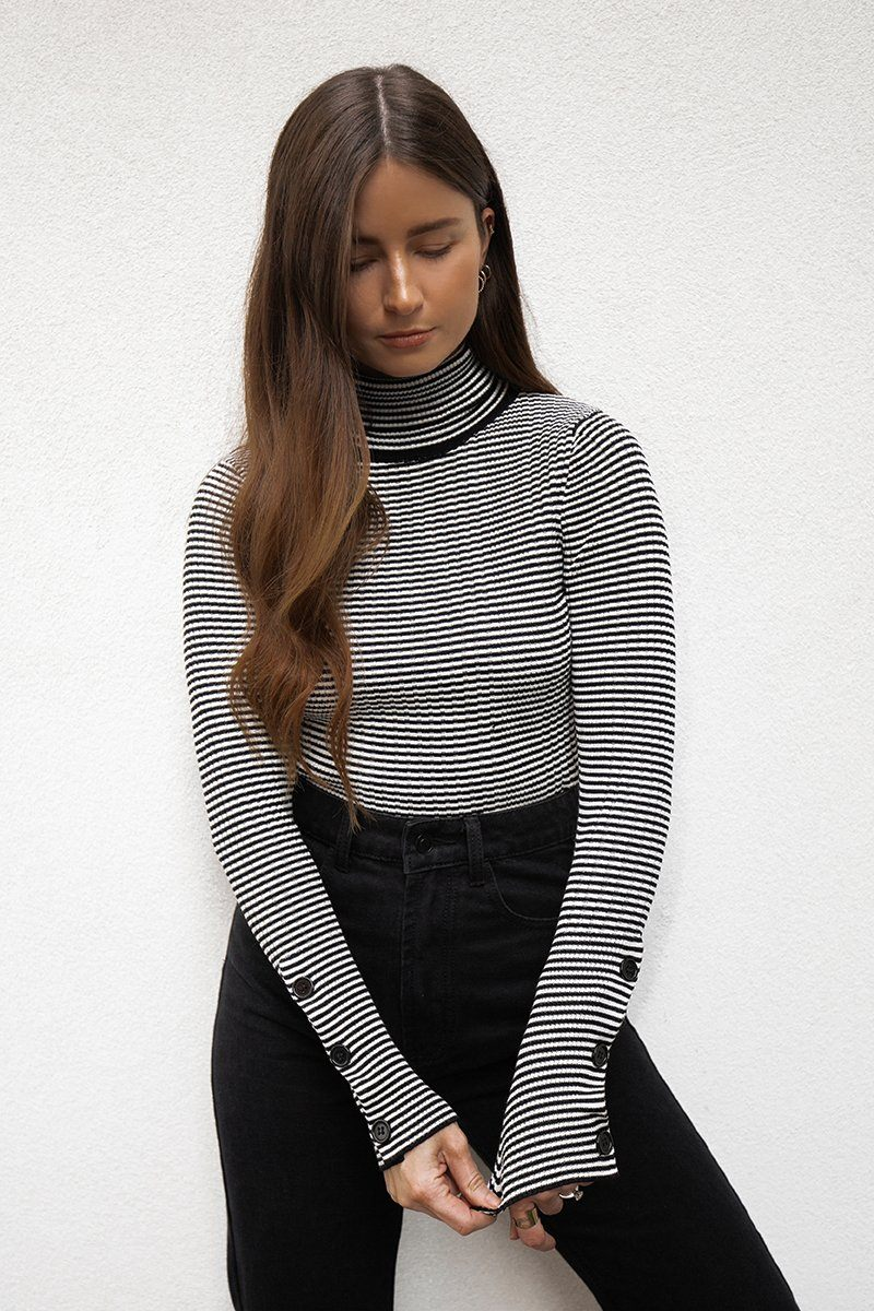 FOALS BLACK WHITE LONG SLEEVE KNIT Clothing DISSH Boutiques L BLACK/WHITE