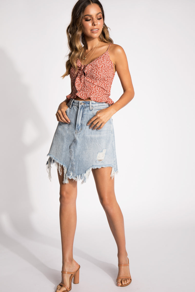 8252429ab9b18 ... LIKE WILDFIRE TIE FRONT CROP TOP Clothing DISSH ...