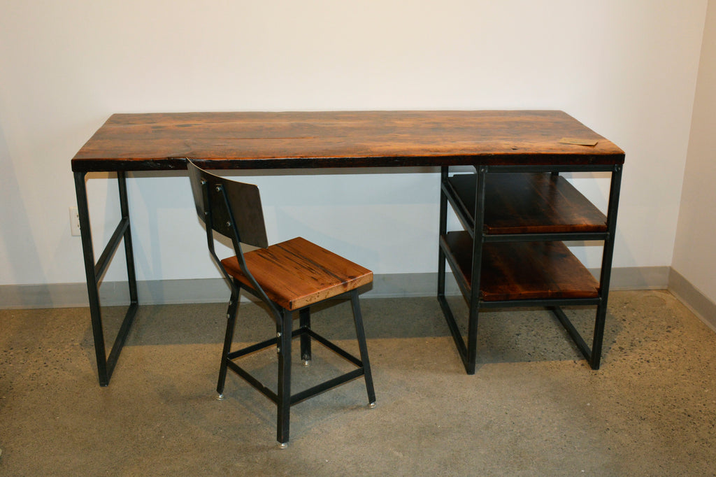 Custom made computer desks. Office Desks. Industrial reclaimed barn wood and steel. Live edge wood. Toronto. Kitchener. Waterloo. Hamilton. Guelph. Barrie.