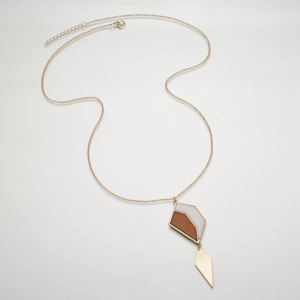 Elegant Geometric Wood and Gold Tone Pendant Necklace