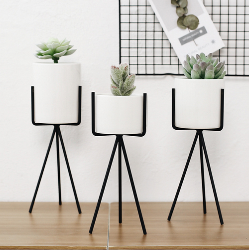 Quality Succulent Planter Pack of 3 Morden Container with Triangle Black Iron Rack Planters