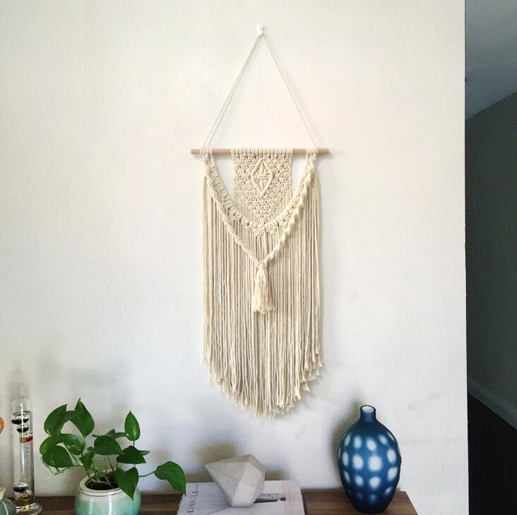 Hand Woven Macrame Wall Hanging Handicraft Wall Decorative Tapestry with a Tassel