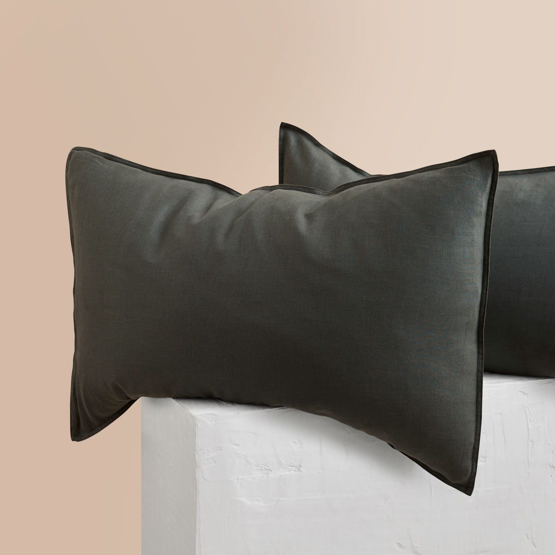 Eve Linen Pillowcases - Hunter Green