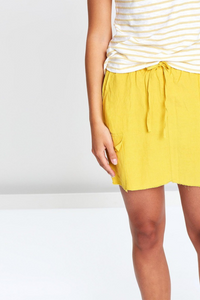Yellow Pocket Skirt (Little Lies)