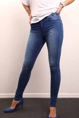 Live Wire Apparel blue jeans super stretch mid blue denim best jeans ever