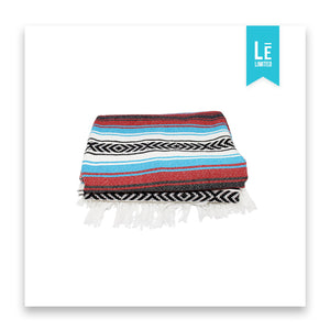 The Calico (Red/Blue) - Bomfy Blanket - The blanket with a foot pocket