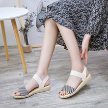 Load image into Gallery viewer, Fashion Casual Sandal