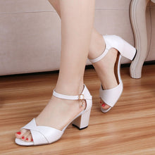 Load image into Gallery viewer, Fish Mouth Middle Heel Sandals