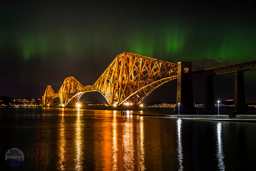 Aurora over Forth Bridge 6 March 2016