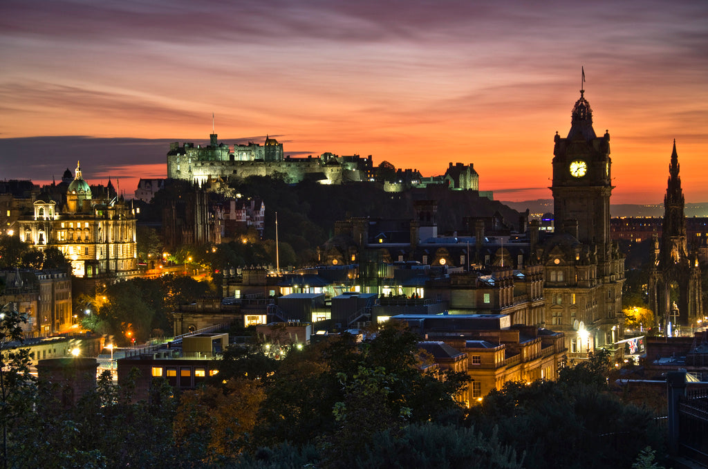 Edinburgh Sunset (wider) 9 Oct 2012