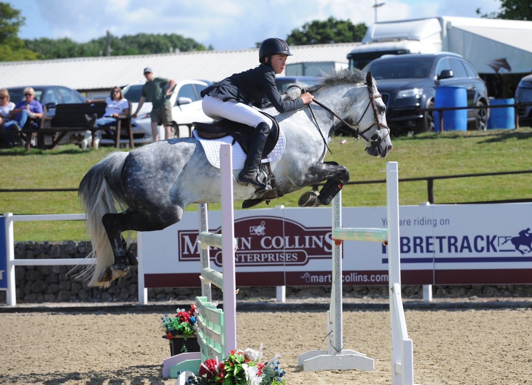 Seamus Taylor claims the final Blue Chip Pony Newcomers Second Round at the Welsh Home Pony at Wales and West Showground