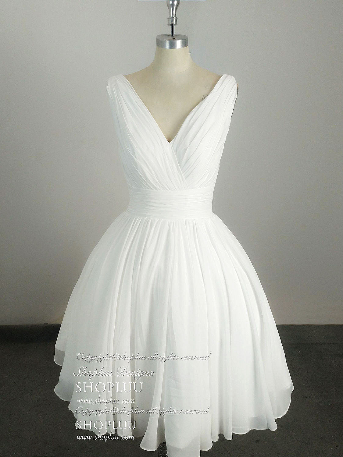 9dfa6a27b3 Simple v neck white chiffon short prom dress