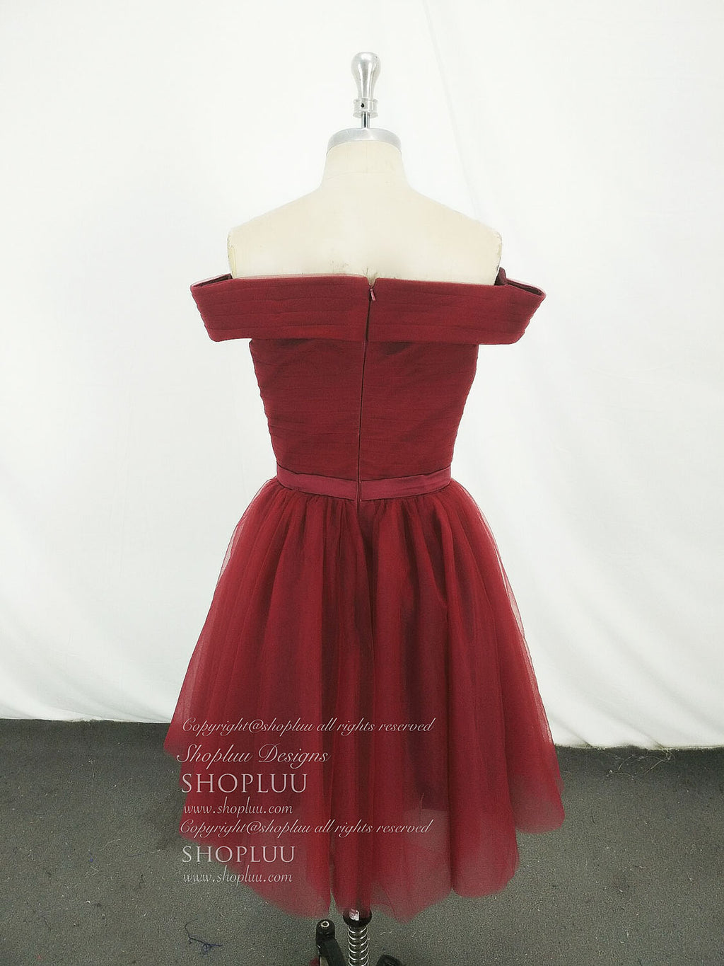 Simple burgundy tulle short prom dress, burgundy tulle homecoming dress