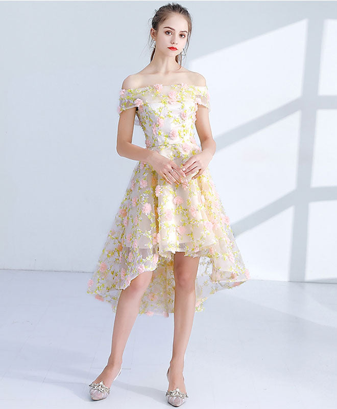 bfd8557427d Light yellow 3D lace short prom dress