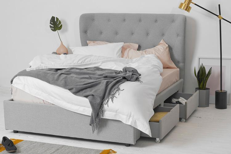 Light Grey Fabric 4 Drawer Bed - Winged King