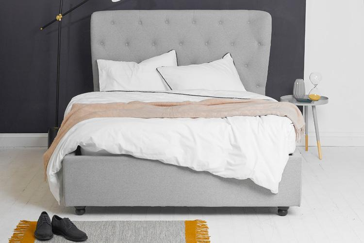 Light Grey Fabric Ottoman Bed - Winged King