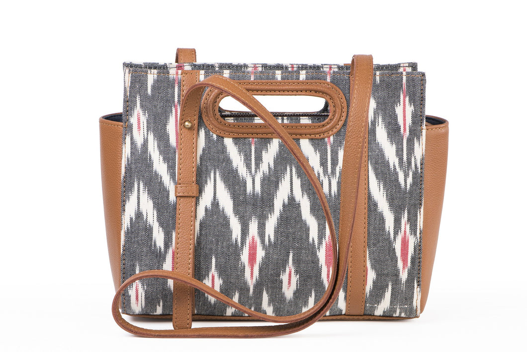 Shoulder sling- grey ikat