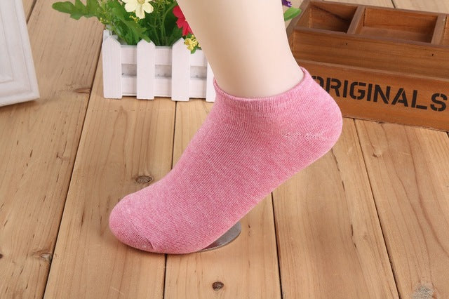 1 Pair Low Price Women Socks Casual Cute Cotton Candy Color Ankle Boat