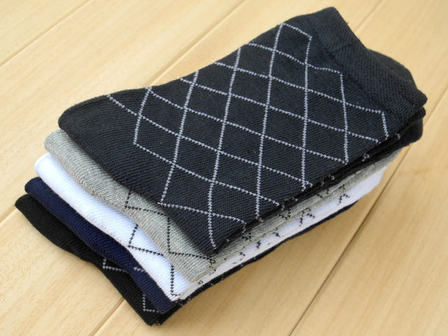 10 Pieces = 5 Pairs Hot sell men's socks In tube diamond lattice