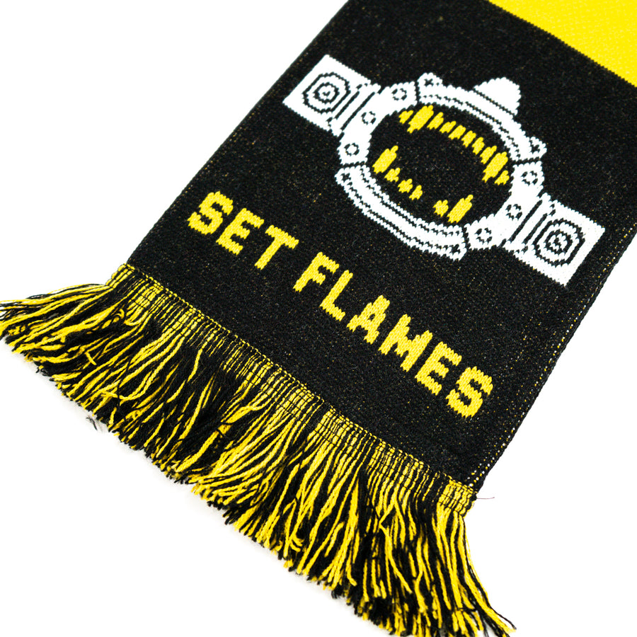 "AUHTOR & PUNISHER ""Set Flames"" Scarf"