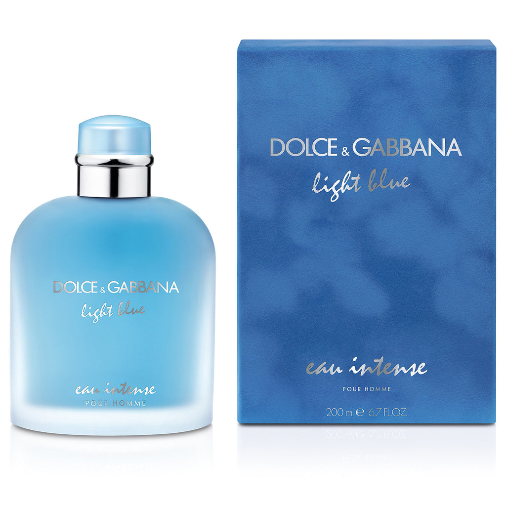 Launched in 2007, Light Blue pour Homme offers a magnetic, masculine alter ego to Dolce&Gabbana's iconic feminine perfume. With Light Blue Eau Intense pour Homme, Master perfumer Alberto Morillas continues to tell the story: its signature contrast of freshness and sensuality becomes more assertive still.