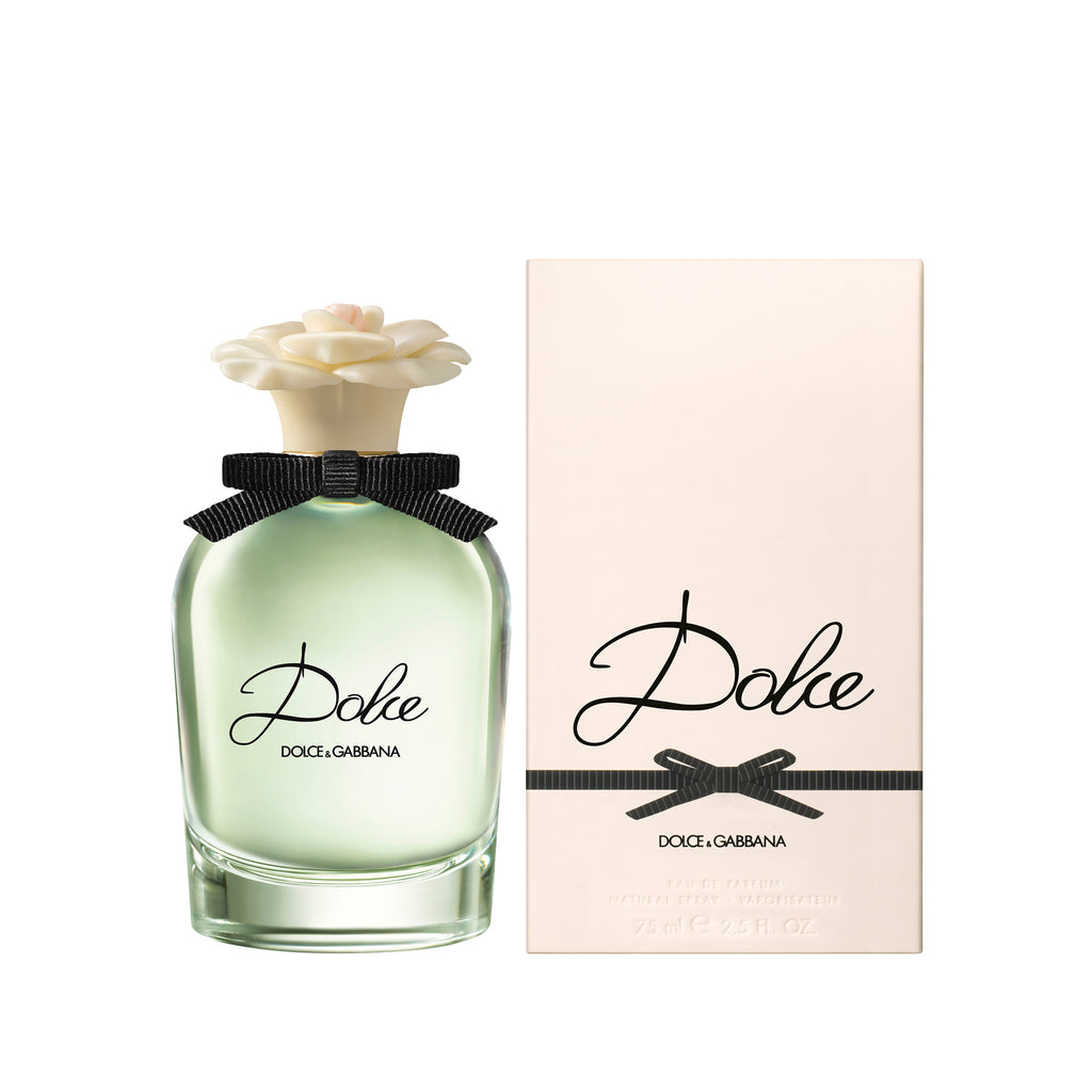 Feminine and fresh, Dolce Eau de Parfum embodies the delicate balance between timeless craftsmanship and innovation in the art of perfumed composition. Dolce is a personal touch, your signature scent. It epitomises the simplicity of a result obtained thanks to a complex process: the same one needed to create a finely-embroidered dress.