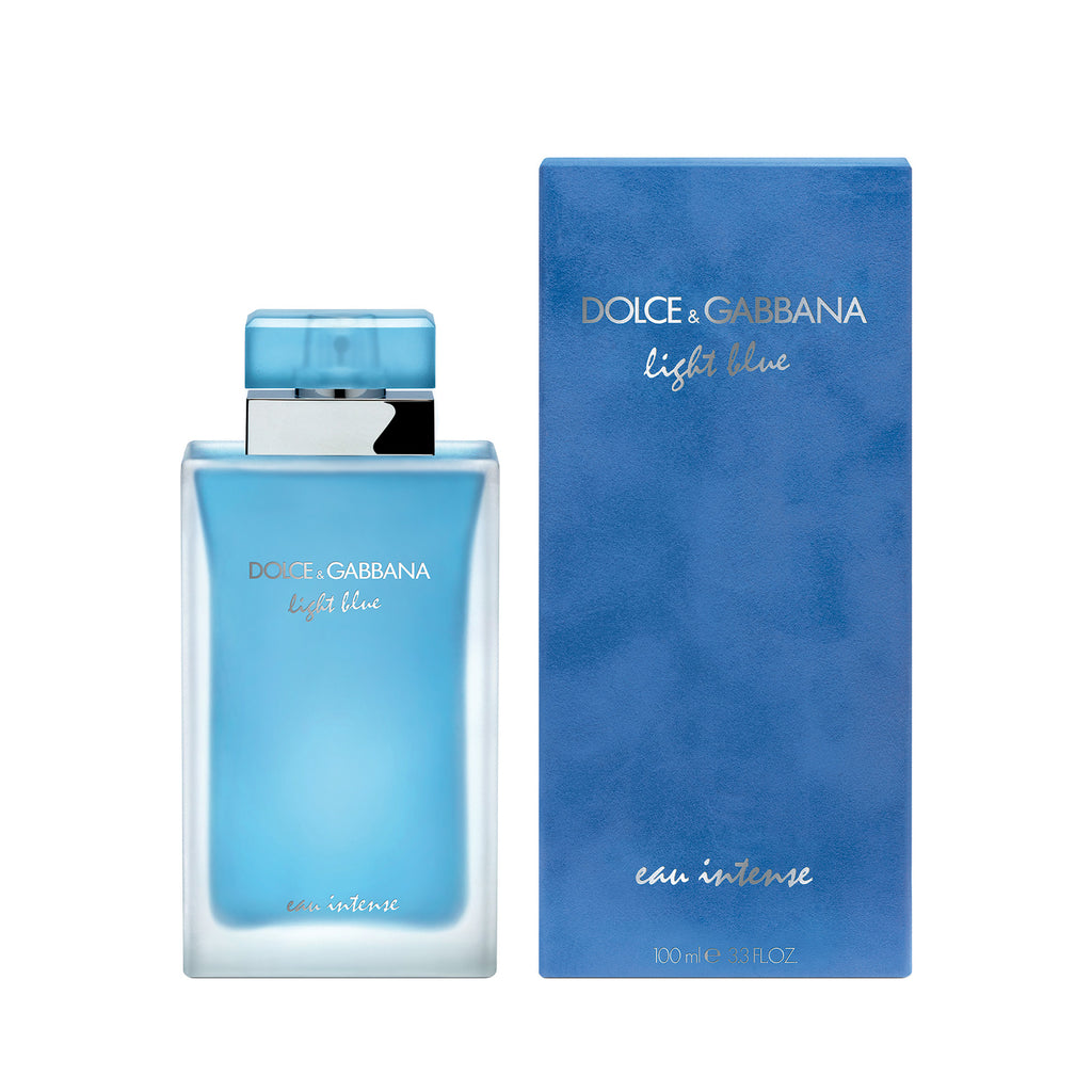 Sixteen years after the launch of Light Blue, master perfumer Olivier Cresp writes another chapter of the Light Blue saga with Light Blue Eau Intense pour Femme.  Light Blue Eau Intense is more than a scent, it is the aura of Mediterranean beauty.