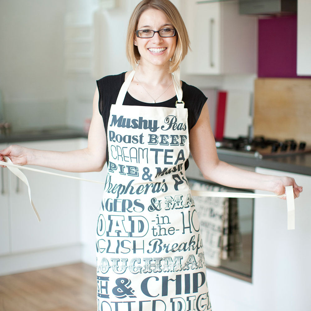 English-Dinner-Apron-Charcoal-Lifestyle