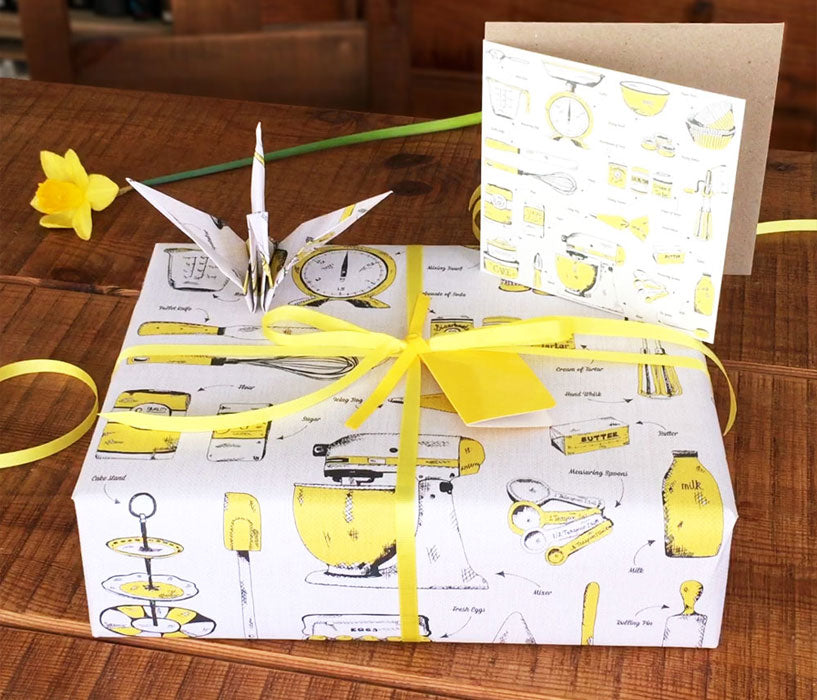 How-to-gift-wrapping-with-victoria-eggs-2